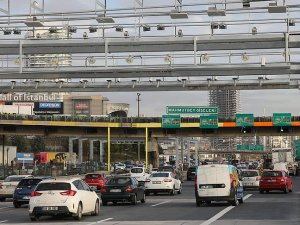 Mahmutbey'de serbest geçiş sistemi trafik yoğunluğunu azalttı