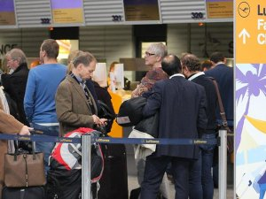 Lufthansa pilotları grevi uzattı
