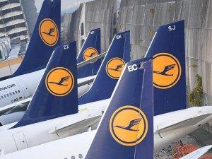 Alman hava yolu şirketi Lufthansa 912 uçuşunu daha iptal etti