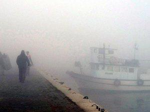 Çanakkale Boğazı, yoğun sis nedeniyle gemi geçişlerine kapatıldı