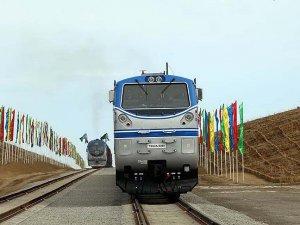 Türkmenistan-Afganistan-Tacikistan Demiryolu Hattı'nın ilk etabı açıldı