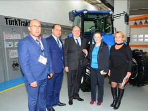 TürkTraktör'den eğitim ve modern tarım uygulamalarına destek