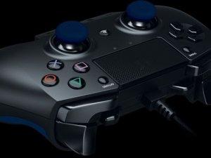 Razer'dan PS4 için Raiju kontrolcü!