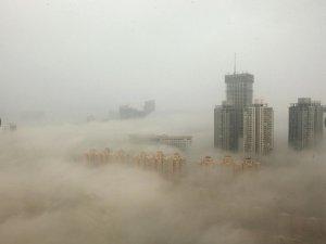 Çin'deki hava kirliliği uçuşları iptal ettirdi