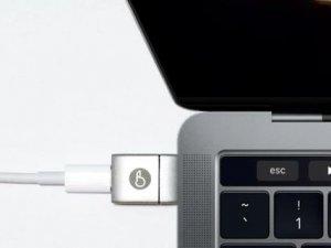 Yeni MacBook için MagSafe aksesuarı üretiliyor!