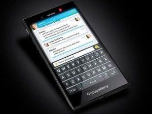 QWERTY klavyeli Blackberry akıllı telefon sızdırıldı