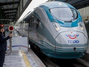 'Ankara-İzmir Yüksek Hızlı Tren hattı 3 yıl içinde hizmete sokulacak'