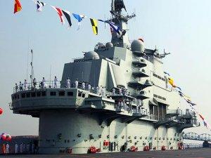 Çin'in ilk uçak gemisi Pasifik'e hareket etti
