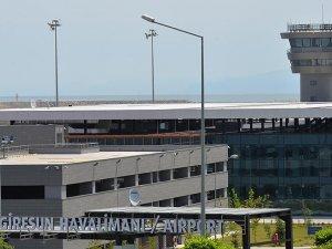 Deniz üzerine kurulan havalimanı 1 milyon yolcu ağırladı