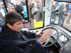 Antalya Büyükşehir'den toplu ulaşıma 50 yeni otobüs