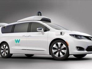 FCA, sürücüsüz Waymo için 100 otomobil üretti