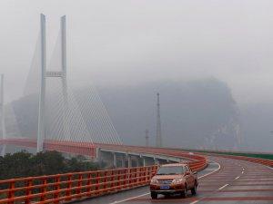 Dünyanın en yüksek köprüsü Çin'de