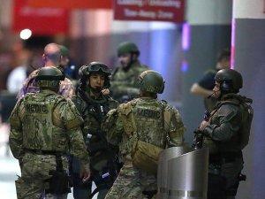 ABD'de havalimanında silahlı saldırı: 5 ölü