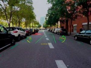 Otomobillere holografik navigasyonlu ön cam geliyor