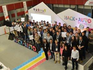 Tofaş'ın Hack-Auto kampı gençlerin ufkunu açıyor