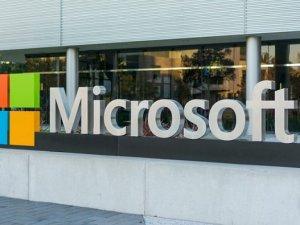 İki Microsoft çalışanı şirketi mahkemeye verdi