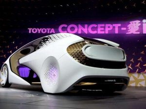 Toyota'nın yeni otomobili Uluslararası Otomobil Fuarı'na damgasını vurdu