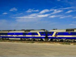 Xinjiang'dan bin 200 tren sınır dışına ürün taşıdı