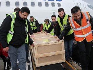 Bişkek'te düşen kargo uçağının pilotlarının cenazeleri yurda getirildi