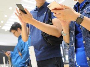 GSM operatörlerinin telefon satışları 2016'da rekor kırdı