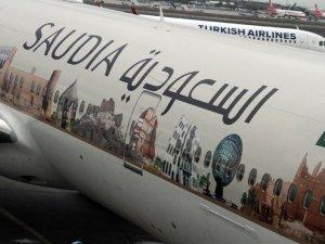 Saudia uçağı bu boyama ile AHL'ye indi