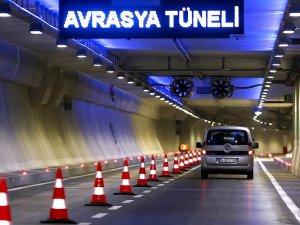 Avrasya Tüneli 24 saat hizmet vermeye başladı