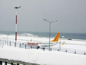 Trabzon'da hava trafiği durdu