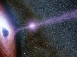 Kara delik 11 yıldır aynı yıldızı 'çiğniyor'
