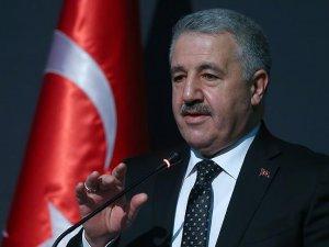 Ahmet Arslan: PTT'ye bu yıl 2 bin 500 personel alınacak