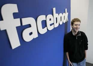 Facebook rekor düşük seviyelere indi