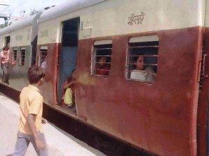 Hindistan Demiryolları Bakanlığından örnek davranış