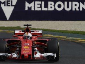 Ferrari'den Avustralya zaferi