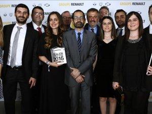Renault'dan Türkiye'deki 6 yetkili satıcısına ödül