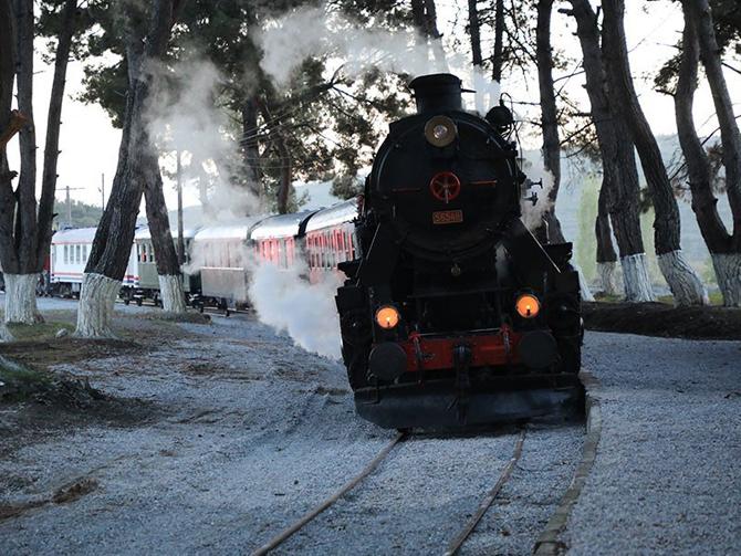 eurasia_rail_fuari_izmir_buharli_tren1.jpg