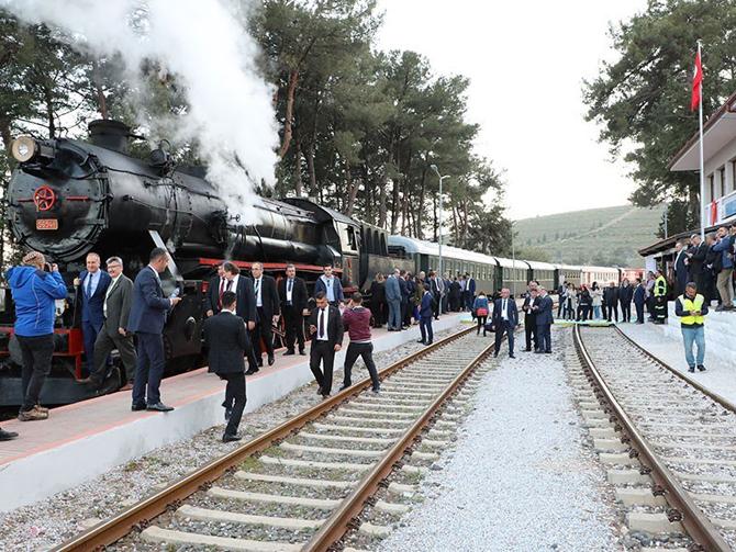 eurasia_rail_fuari_izmir_buharli_tren3.jpg