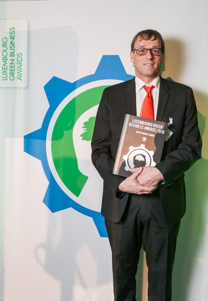 goodyear_fuelmax_s_henk_van_tuyl_green_business_awards.jpg