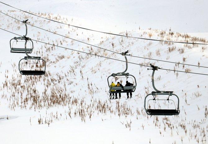 mehmet-ayduran_kayak-sezon1.jpg