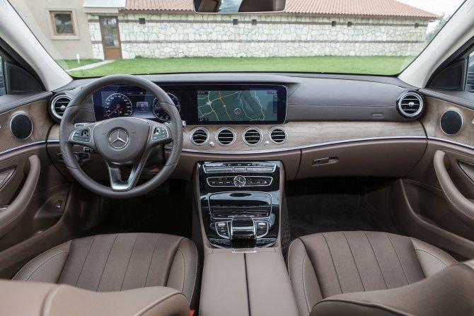 mercedes-benz-e-serisi-sedan-exclusive-(2)-001.jpg